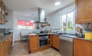 Chalet En Jubalcoy 10 En 2020 Casas De Ensueño Dormitorio Con Baño Ventanas De Aluminio