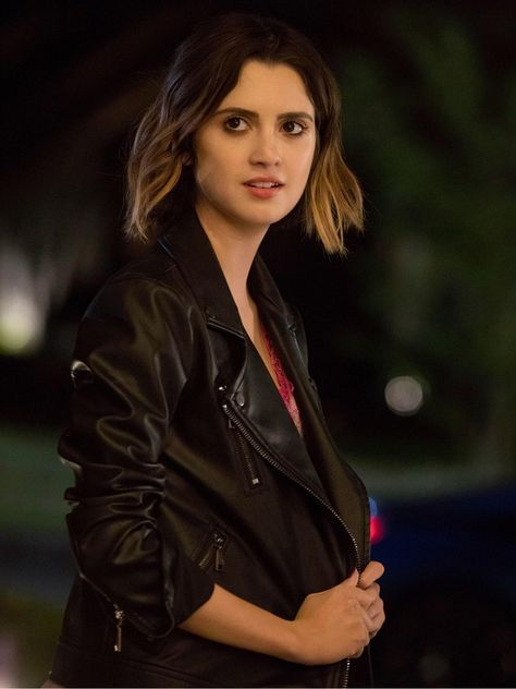 The Perfect Date Streaming Vf : perfect, streaming, Picture, Perfect, Style, Jacket, Laura, Marano,, Hairstyles