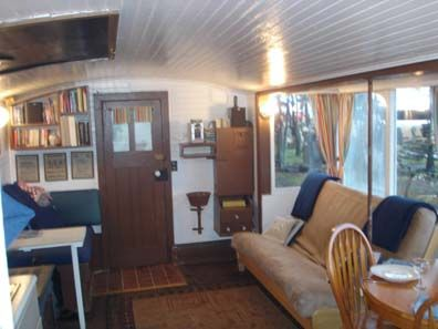 Cruising Houseboat River Walker House Boats Pinterest Tiny