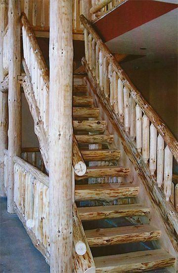 Escaleras De Madera Rusticas De Troncos