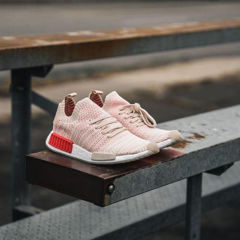 adidas nmd r1 stlt primeknit 2018 womens mens black pink