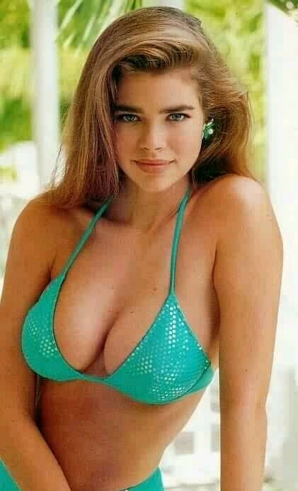 b77e36a0220 Young Sexy🔥Denise Richards, 34C Bra Size, | B - Denise Richards in ...
