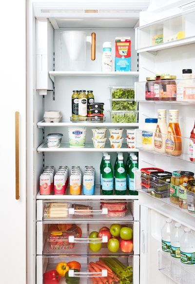 Step Inside the 2019 Real Simple Home—And Find 250 Design Ideas to Steal for Your Own Space Fridge Shelves, Refrigerator Organization, Kitchen Organization, Kitchen Storage, Organized Fridge, Fridge Storage, Kitchen Hacks, Home Organisation, Recipe Organization