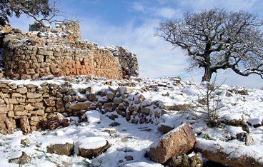 Nuraghe Adoni, Villanova Tulo, Sardegna