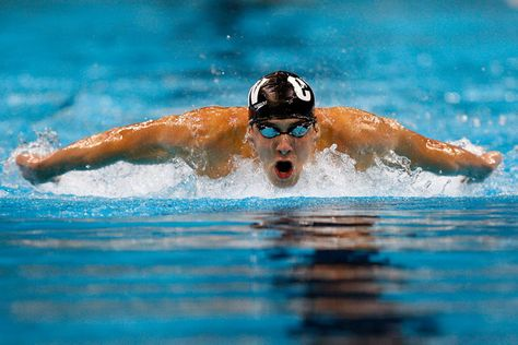 Micheal Phelps. Swimming like a boss!