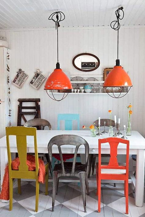 Love this eclectic dining room!