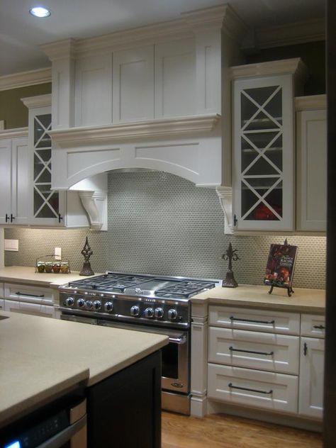 12 Pam's kitchen. Custom range hood with raised panel, arch ...