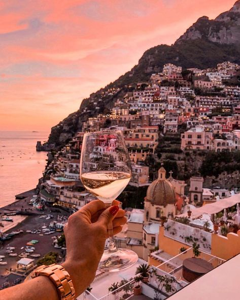 Bed and Breakfast Positano, b&b Positano, Positano Bed and Breakfast, Bed and Breakfast Amalfi Coast, B&B Amalfi Coast Oh The Places You'll Go, Places To Visit, Little Paris, Beautiful Places To Travel, Romantic Travel, Future Travel, Travel Aesthetic, Amalfi Coast, Travel Goals