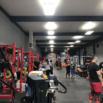 Hire A Fitness Trainer Coach In San Jose From Reddotfitness Find The Best Fitness Training Center In The San Jos Fitness Training Training Center Fun Workouts