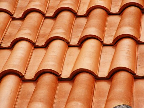 Tejas Coloniales Livianas Buscar Con Google Metal Roof Installation Metal Roof Flat Roof Repair