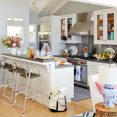 beach house kitchen | David Tsay Photography