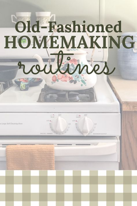 Cleaning Day, Cleaning Hacks, Cleaning Checklist, Cleaning Routines, Cleaning Schedules, Housekeeping Schedule, Old Fashioned House, Vintage Housewife, Living Vintage