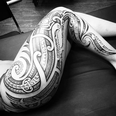 Bring me your legs.... 💉💉💉💉💉💉 #nativefleshtattoo
