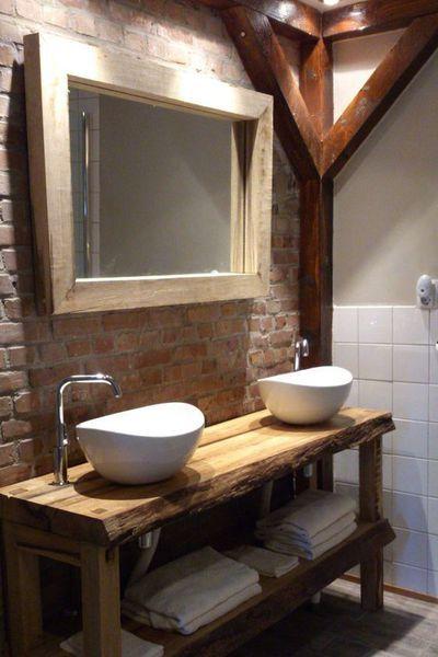 Des Objets Recup Detournes En Meubles Vasques Idee Salle De Bain Bathroom Vanity Vanites De Salle De Bain Rustique