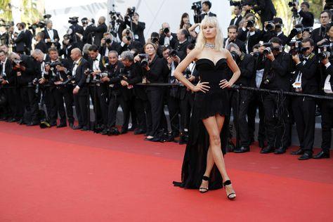 Karolina Kurkova attends the Les Bien-Aimes Premiere and