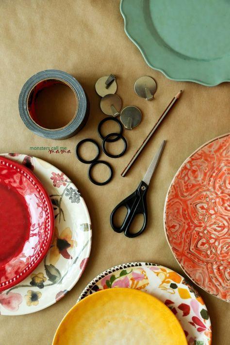 Home Sweet Home : on accroche ses assiettes au mur ! • Plumetis Magazine