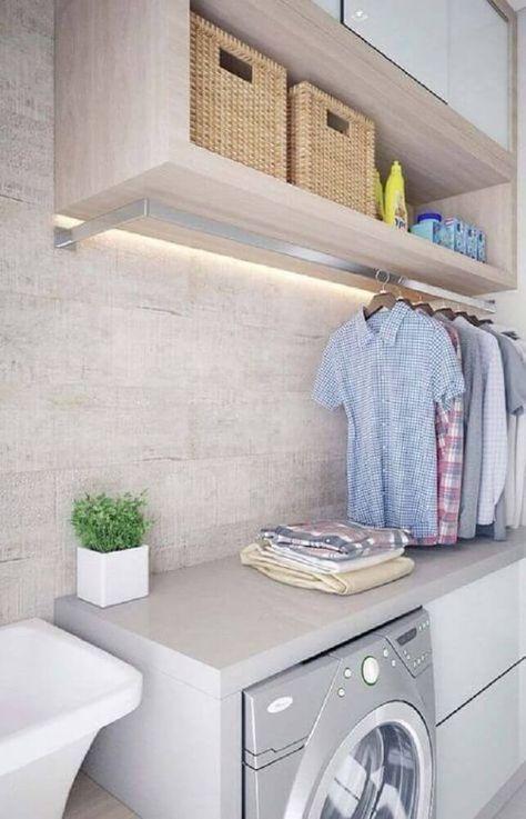 decoração lavanderia pequena com armários planejados e cabideiro #lavanderia #decoração