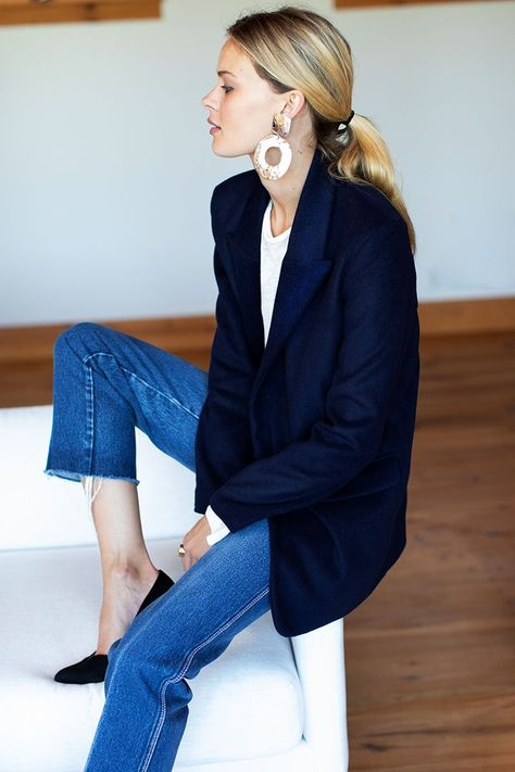 22 sustainable fashion brands for your eco-friendly capsule wardrobe. High quality basics that will last for years. Work Fashion, Fashion Outfits, Olsen Fashion, Swag Fashion, Gothic Fashion, Stil Inspiration, Look Blazer, Casual Blazer, Fall Blazer