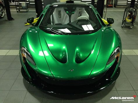 Mclaren P1 In Incredible Hulk Green What A Colour At Millermotorcars Supercar Hypercar With Images Mclaren P1 Mclaren Super Cars