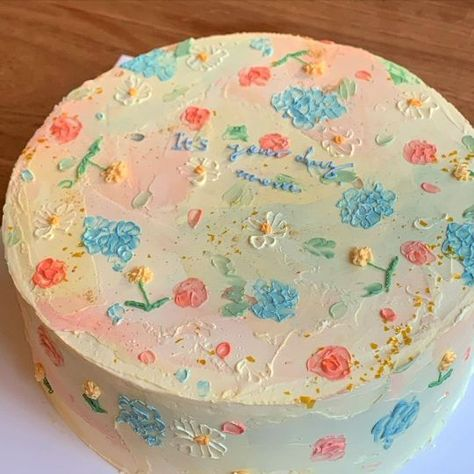for lovers who hesitate Pretty Cakes, Cute Cakes, Beautiful Cakes, Sweet Cakes, Cute Food, Yummy Food, Korean Cake, Cute Desserts, Aesthetic Food