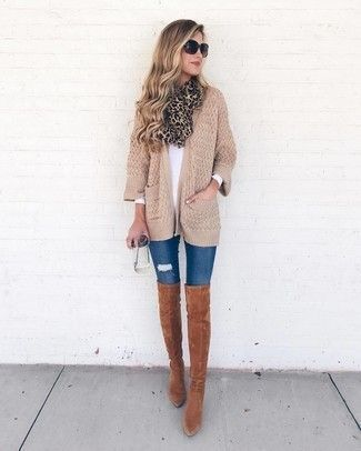 Braune Overknee Stiefel für Damen kombinieren: Modetrends
