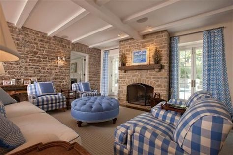 Looking for a way to use blue plaid as decor? Cincinnati, OH Coldwell Banker West Shell