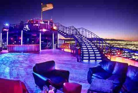 Some of the best places for your bachelor party in Las Vegas are hundreds of feet above the Strip. Check out the five best rooftop bars in Vegas. Las Vegas Strip, Las Vegas Bars, Las Vegas Vacation, Las Vegas Nevada, Best Bars In Vegas, Vacation Ideas, Vacation Spots, Las Vegas Music, Rio De Janeiro