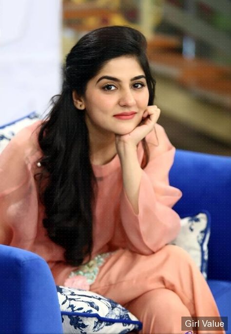 d492e327d0 Pin by Areeba khan on Cute Sanam Baloch in 2019 | Pakistani dresses,  Pakistani actress, Pakistani wedding dresses