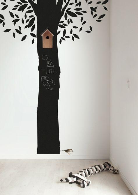 Tree in kids room
