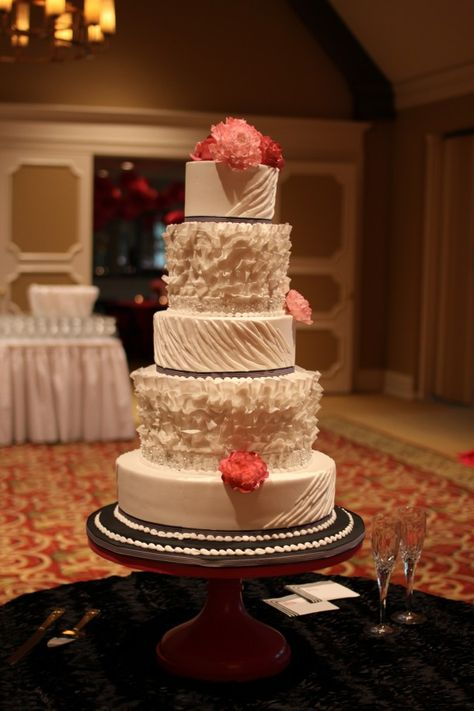http://weddingsbydetails.com/kelly-jay-are-married