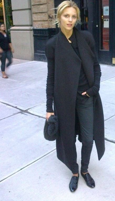 Anja Rubik - street style Love the Trench Coat