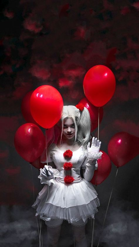 It Pennywise Costume for Women, Includes a Dress and Leg Warmers Size Large