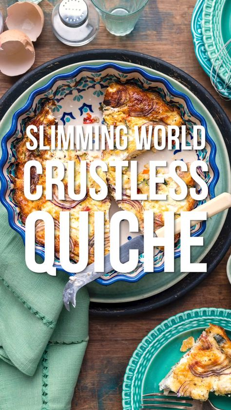 This healthy vegetarian Crustless Quiche makes a perfect Slimming World breakfast or lunch! Easy to prepare, naturally gluten free, just as tasty hot or cold and under 150 calories a slice!
