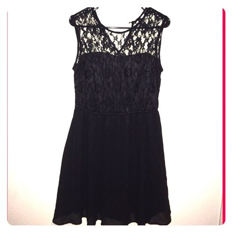 Little Black Dress Every Girls Must Havea LDB Sweetheart Lining With Sleeveless Lace Top Half And Skater Type Bottom Keyhole Back Lots Of Stretch