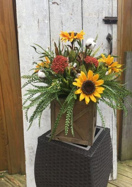 38 Ideas Kitchen Table Centerpiece Sunflowers Sunflower Centerpieces Fall Flower Arrangements Sunflower Arrangements