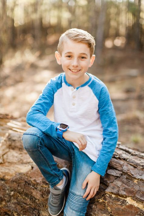 Family Photos March 2018 Family Photos March 2018 – The Journey of Parenthood… Little Boy Poses, Little Boy Pictures, Toddler Boy Pictures, Kid Pictures, Toddler Boys, Kids Boys, Little Boys, Little Boy Photography, Children Photography Poses