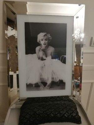 Obraz Marilyn Monroe W Lustrzanej Ramie 76x56 6747875422 Oficjalne Archiwum Allegro Marilyn Monroe Marilyn Monroe