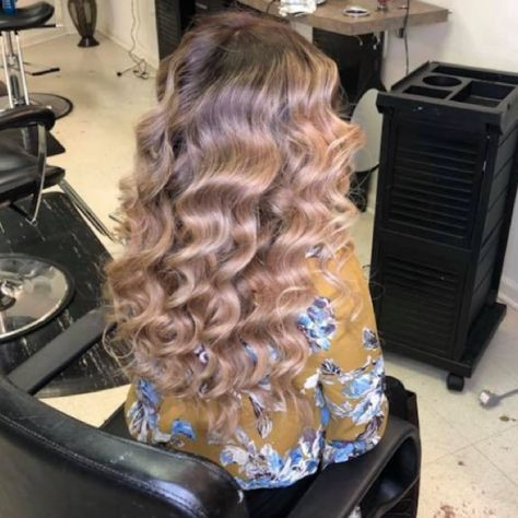 My Hair Done At Ivans Palace At Greenville Nc Curls Ombre Honey Longhair Nc Hair Styles Long Hair Styles Hair
