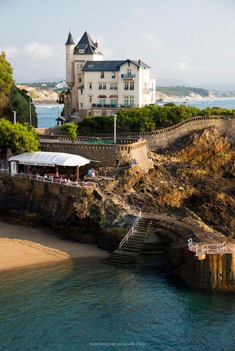 La côte de Biarritz et son architecture atypique... #PyrénéesAtlantiques