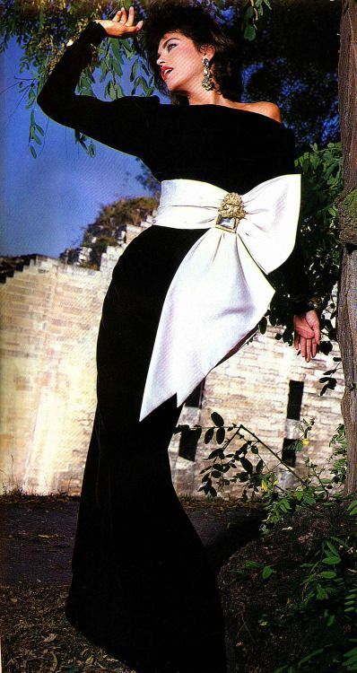 Yves Saint Laurent Couture F/W 1984 evening dress.