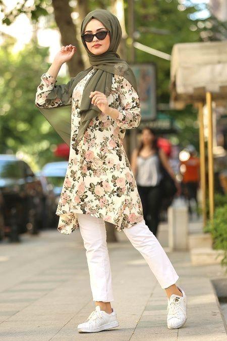 Samreen Adli Kullanicinin Hijab Outfit Panosundaki Pin 2020 Sik Kiyafetler