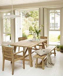 Indoor Or Outdoor Setting   A Chic Picnic Table! | Home | Pinterest | Picnic  Tables, Outdoor Dining And Outdoor Settings