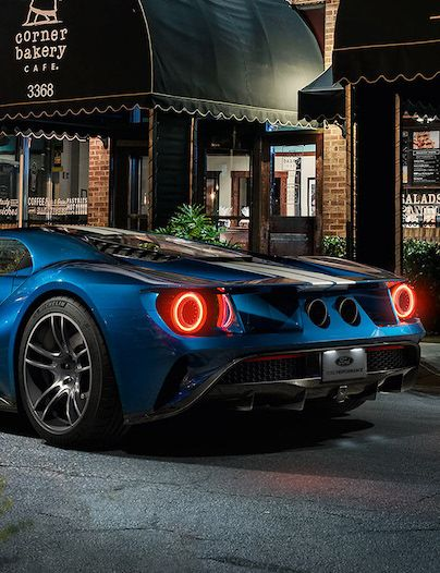 Quick Look At The Best Luxury Sports Cars Of The Outgoing Ye