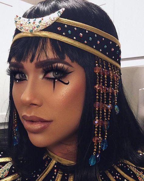 Cleopatra-inspired Halloween makeup...