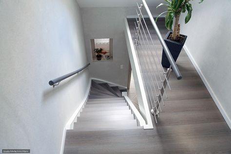 Treppenstufen grau Laminat