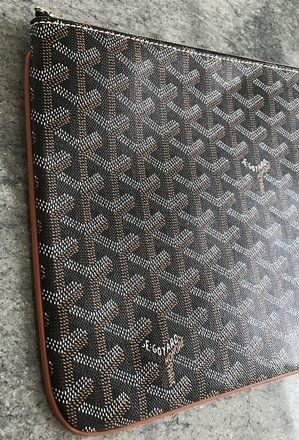 disponibilità nel Regno Unito 3c209 88d68 Goyard Classic Senat Mm Zip Top Pouch Black Coated Canvas ...