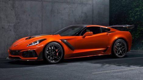 The First 2019 Corvette Zr1 Just Sold For 925 000 Chevrolet