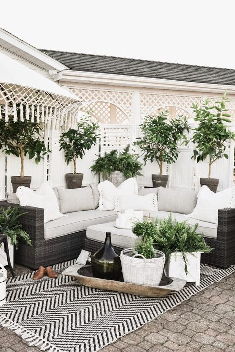 Cozy Farmhouse Patio is part of Cozy patio Building patio decor around a statement piece like a sitting area can bring any outdoor space together with ease Check out what we bought from Joss and Ma - Outdoor Seating, Outdoor Rooms, Outdoor Patio Rugs, Outdoor Patio Decorating, Farmhouse Outdoor Rugs, Outdoor Living Spaces, Potted Plants Patio, Patio Decorating Ideas On A Budget, Screened Porch Decorating