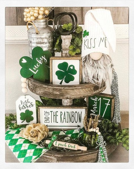 Somewhere over the rainbow there is a pot of gold and Irish kisses!💚 How LUCKY am I to get to collaborate with and show… St Patrick's Day Decorations, Holiday Centerpieces, Seasonal Decor, Holiday Decor, Youre My Person, Tiered Stand, Pot Of Gold, Luck Of The Irish, St Patricks Day