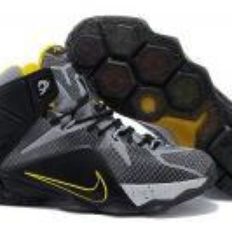 20 besten Sneaker by Gary's Sports Closet on Facebook Bilder auf Pinterest  | Nike lebron, Air jordan schuhe und Nike damen